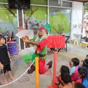 Grandpa elf christmas magic 3